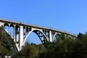 мост Колорадо-стрит
