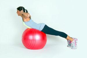 гиперекстензия на мяче
