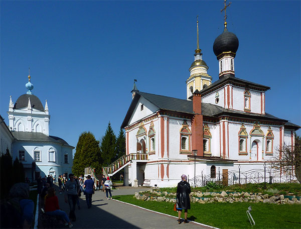 2 церкви